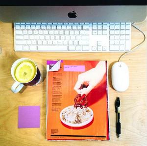 Desk Internship Graduate Job Inspiring Interns Applce Mac Lemon Water Coffee PR Sydney F USA UK