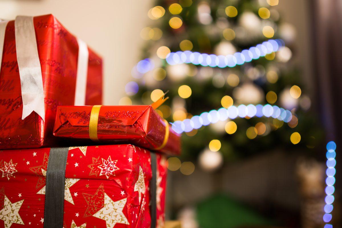 7 gifts broke students should ask santa for