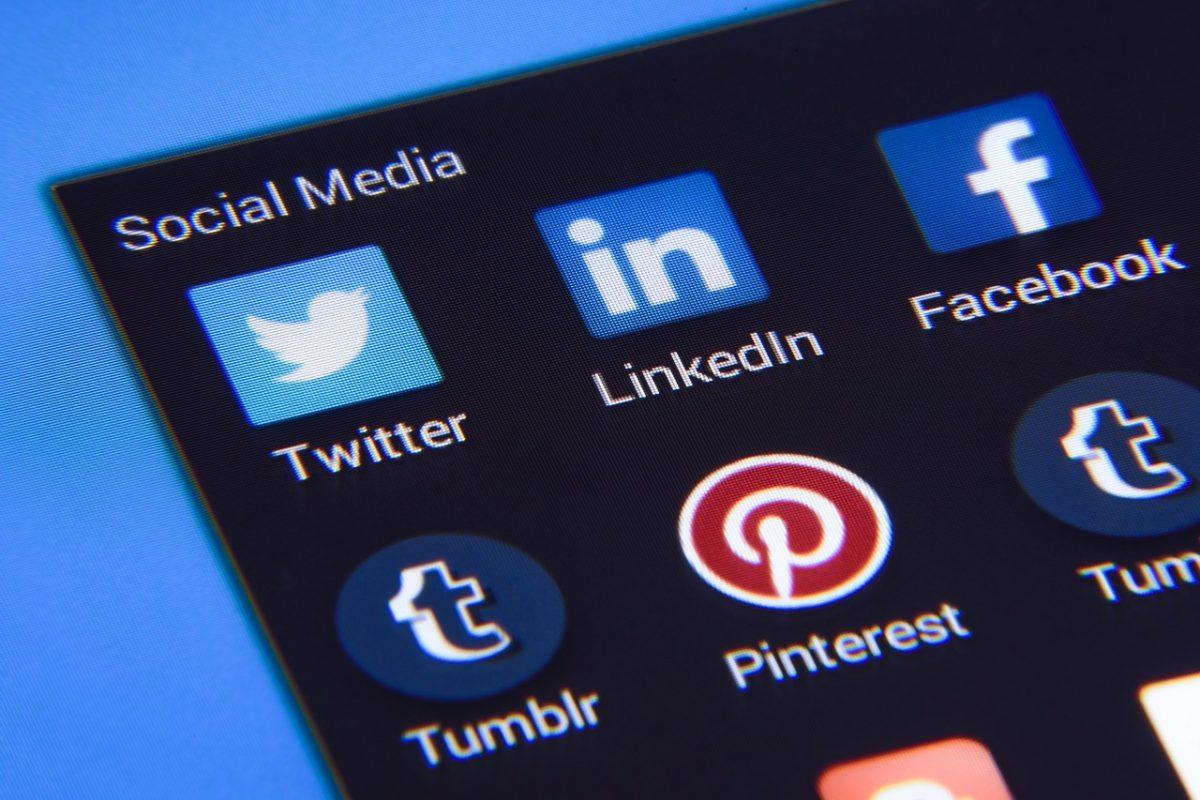 LinkedIn: Why Graduates Need To Sign Up « Inspiring Interns Blog