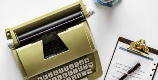 TYPEWRITER OLD FASHIONED SKILLS
