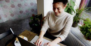 use linkedin to find a job